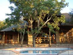 Khaya Umdani Lodge